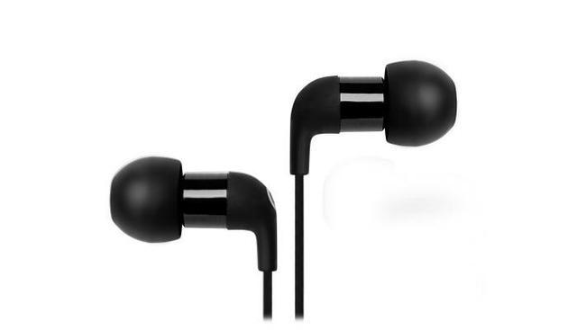 Steelseries Flux in Ear