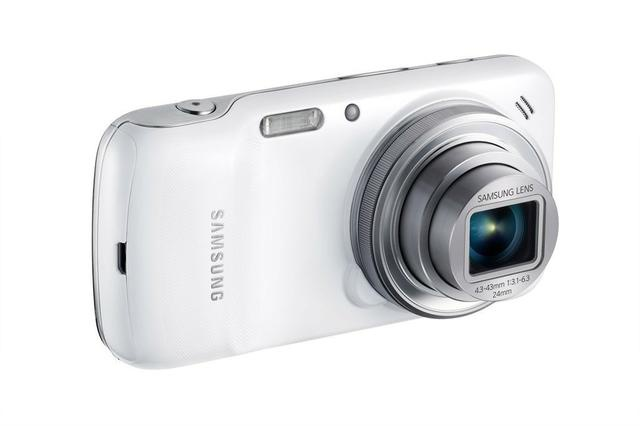 Samsung Galaxy S4 Zoom fot1