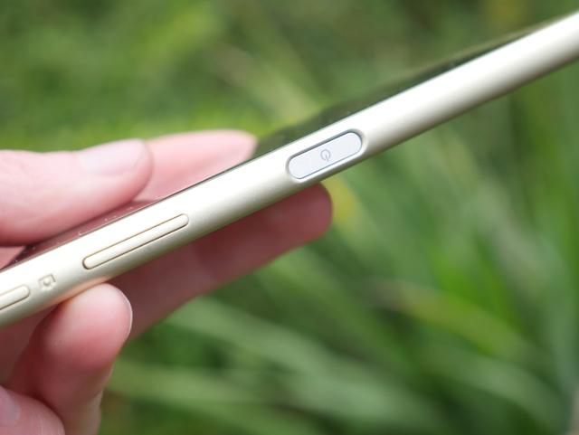 Sony Xperia X - recenzja telefonu