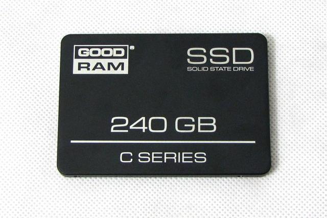 GoodRam C100 240GB fot2