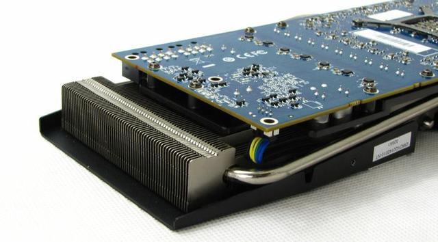 HIS AMD R9 280X fot9